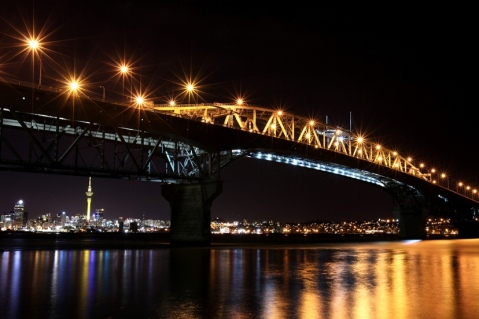 Auckland Harbour Bridge by Karl Hipolito